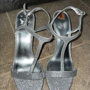 NWOT Michael Kors Silver Glitter Heels